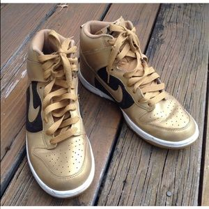 Nike Dunk  Hi Top Sneakers 10 T42 Shoes 325203-771
